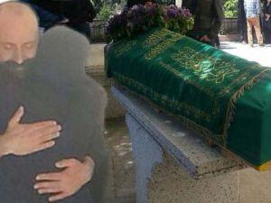 Halit Ergenç'in acı kaybı