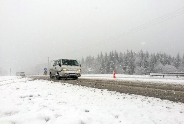 Bolu Dağı'nda mevsimin ilk karı! galerisi resim 8