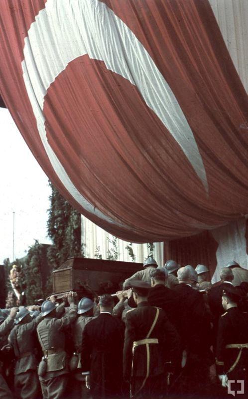 Atatürk'ün naaşının orjinal nakil fotoğrafları galerisi resim 10