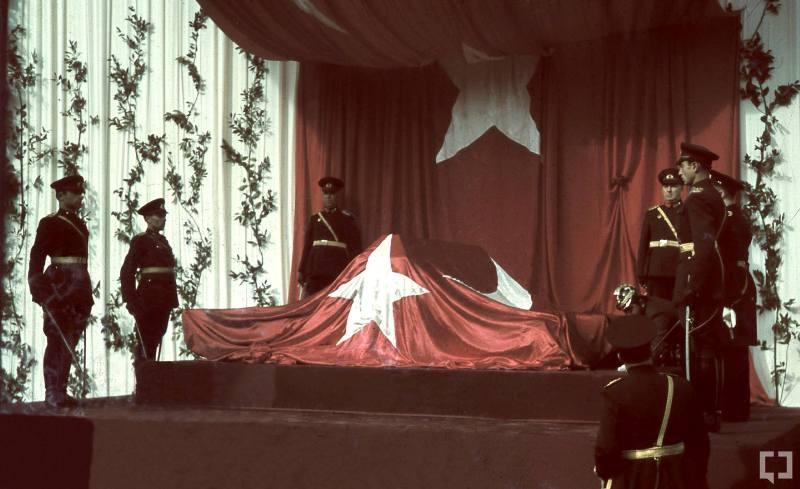 Atatürk'ün naaşının orjinal nakil fotoğrafları galerisi resim 3
