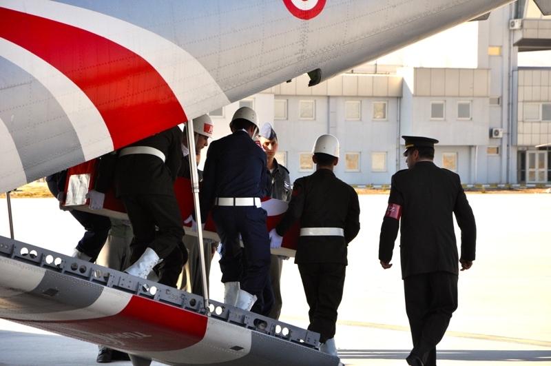 Şht. Deniz Yüzbaşı Fatih Yaşar'a son görev galerisi resim 25