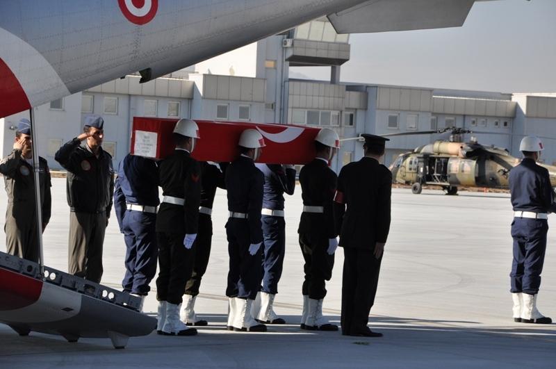 Şht. Deniz Yüzbaşı Fatih Yaşar'a son görev galerisi resim 27