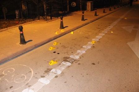 Konya'da iki kişi sokak ortasında öldürüldü galerisi resim 10