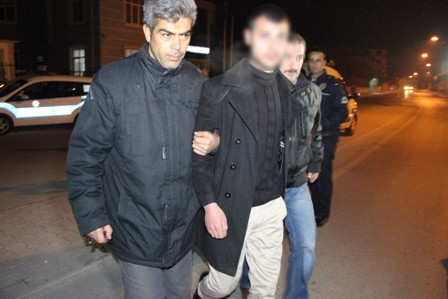 Konya'da iki kişi sokak ortasında öldürüldü galerisi resim 14