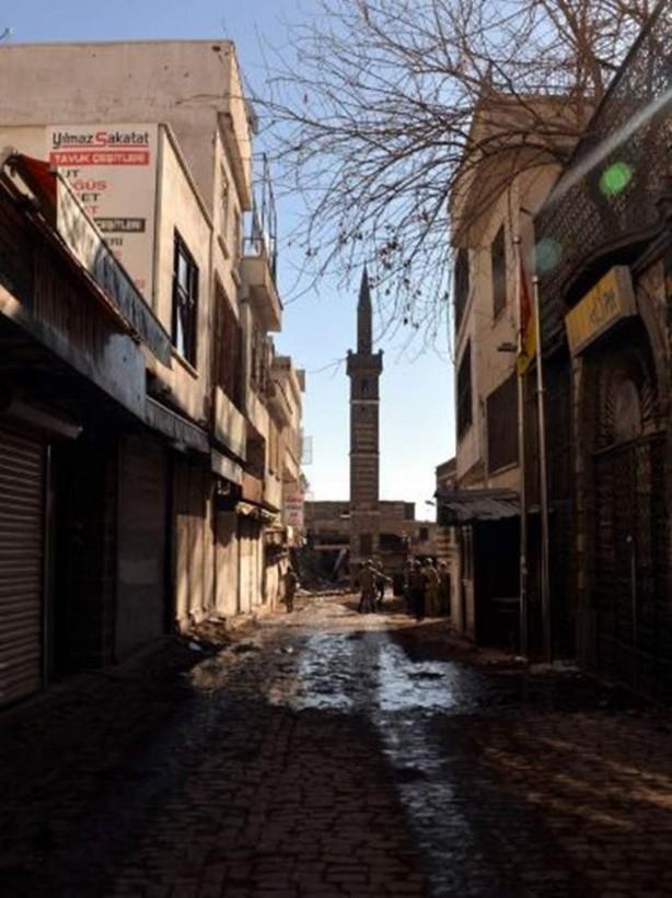 Sur'da teröristlere bu çağrı yapılıyor! galerisi resim 1