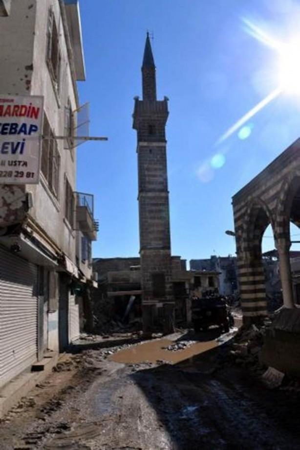 Sur'da teröristlere bu çağrı yapılıyor! galerisi resim 13