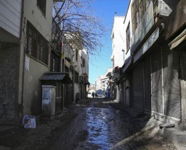 Sur'da teröristlere bu çağrı yapılıyor! galerisi resim 18