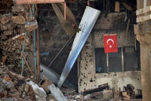 Sur'da teröristlere bu çağrı yapılıyor! galerisi resim 2