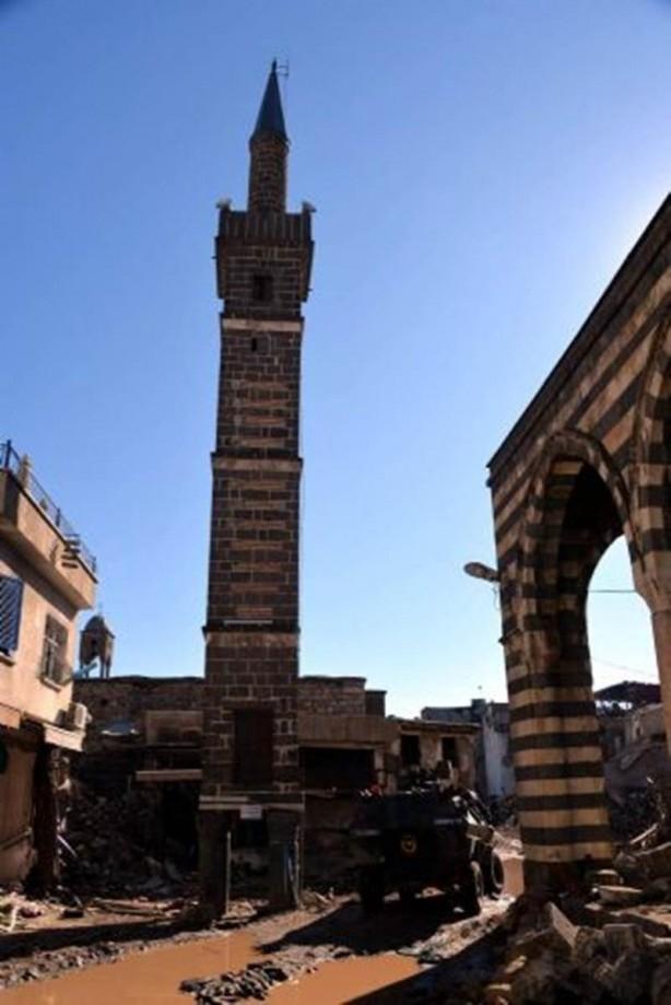 Sur'da teröristlere bu çağrı yapılıyor! galerisi resim 6