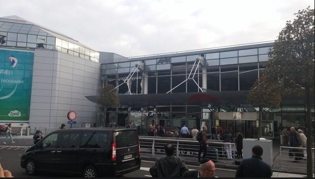 Brüksel patlaması havalimanından ilk fotoğraflar dehşet! galerisi resim 7