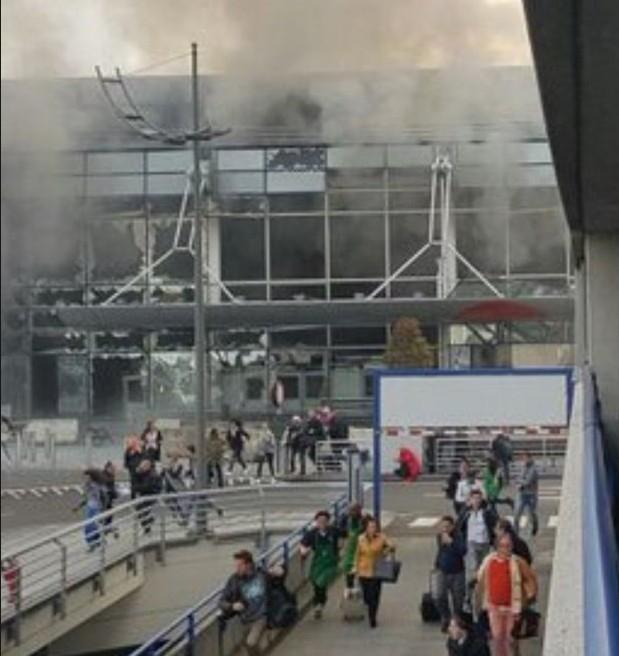 Brüksel patlaması havalimanından ilk fotoğraflar dehşet! galerisi resim 8