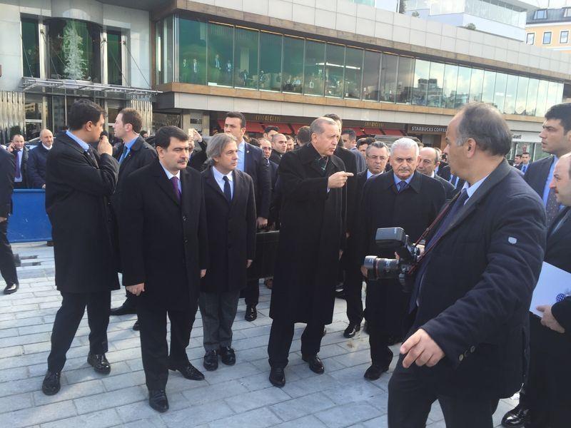 Cumhurbaşkanı Erdoğan Taksim'de galerisi resim 2
