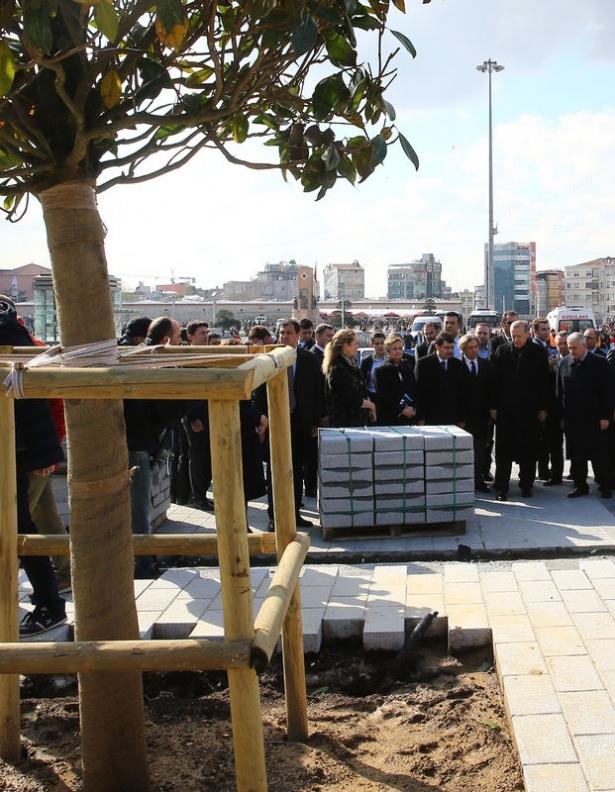 Cumhurbaşkanı Erdoğan Taksim'de galerisi resim 20