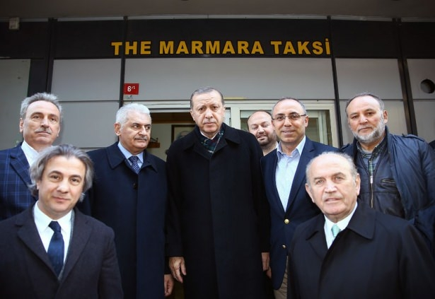 Cumhurbaşkanı Erdoğan Taksim'de galerisi resim 26
