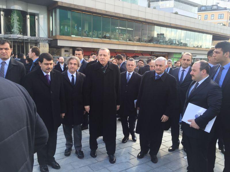 Cumhurbaşkanı Erdoğan Taksim'de galerisi resim 5