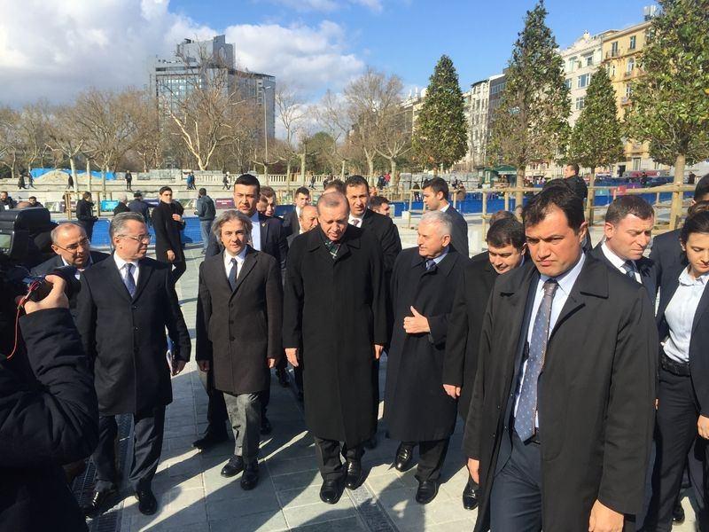Cumhurbaşkanı Erdoğan Taksim'de galerisi resim 6