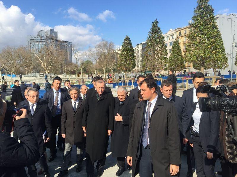 Cumhurbaşkanı Erdoğan Taksim'de galerisi resim 8