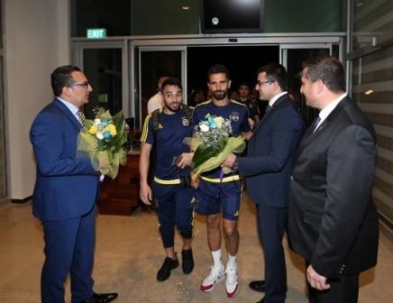 Fenerbahçe kafilesi Konya'ya geldi galerisi resim 11