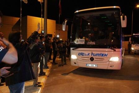 Fenerbahçe kafilesi Konya'ya geldi galerisi resim 8