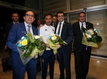 Fenerbahçe kafilesi Konya'ya geldi galerisi resim 9