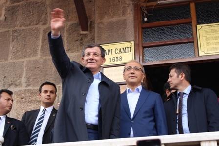 Ahmet Davutoğlu'nun Konya ziyaretinden kareler galerisi resim 2