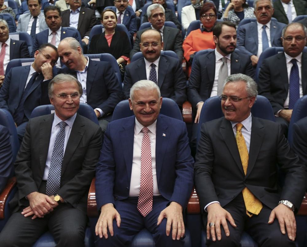 AK Parti'liler Yıldırım'ı böyle kutladı galerisi resim 5