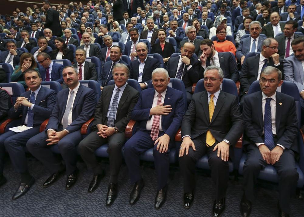 AK Parti'liler Yıldırım'ı böyle kutladı galerisi resim 6