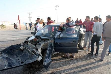 Konya'da Minibüs ile Otomobil Çarpıştı: 1 Ölü galerisi resim 4