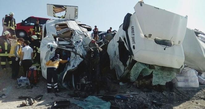 Konya'da feci kaza: 7 ölü galerisi resim 1