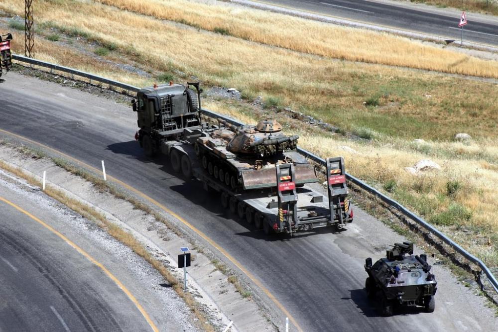 Tanklar üslerine geri dönüyor galerisi resim 11