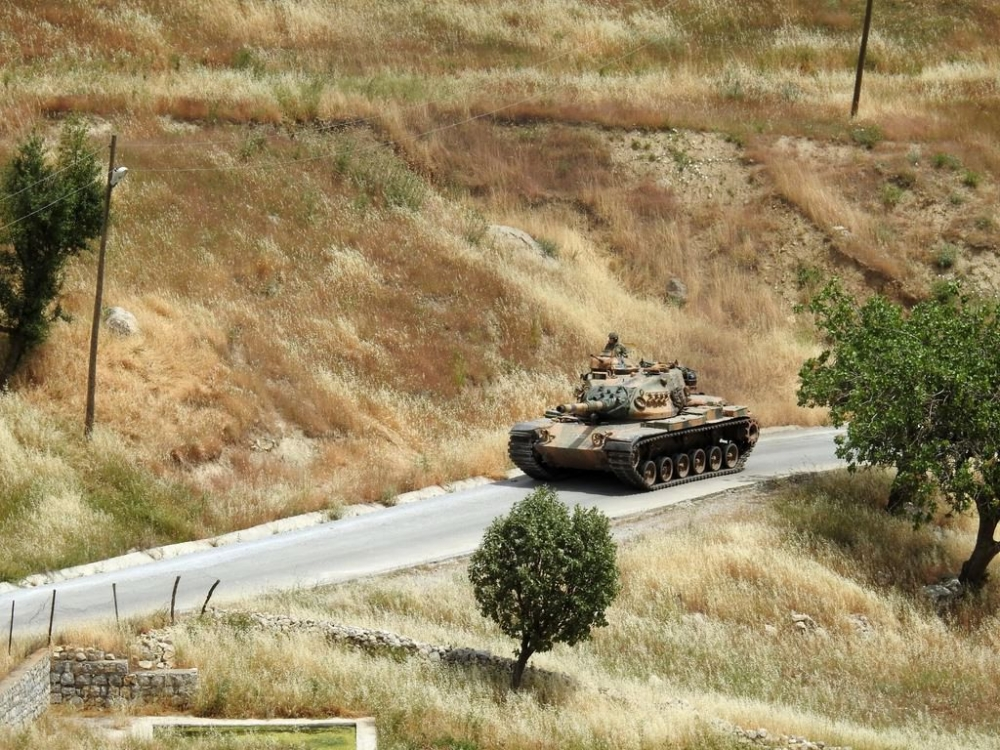Tanklar üslerine geri dönüyor galerisi resim 12