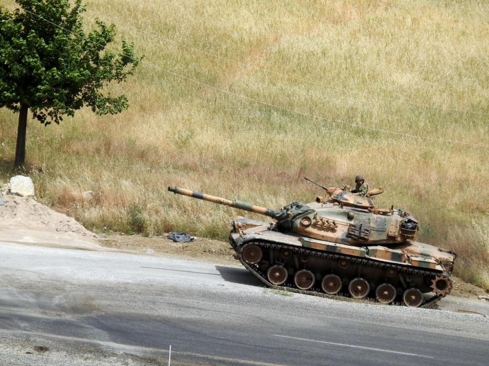Tanklar üslerine geri dönüyor galerisi resim 19