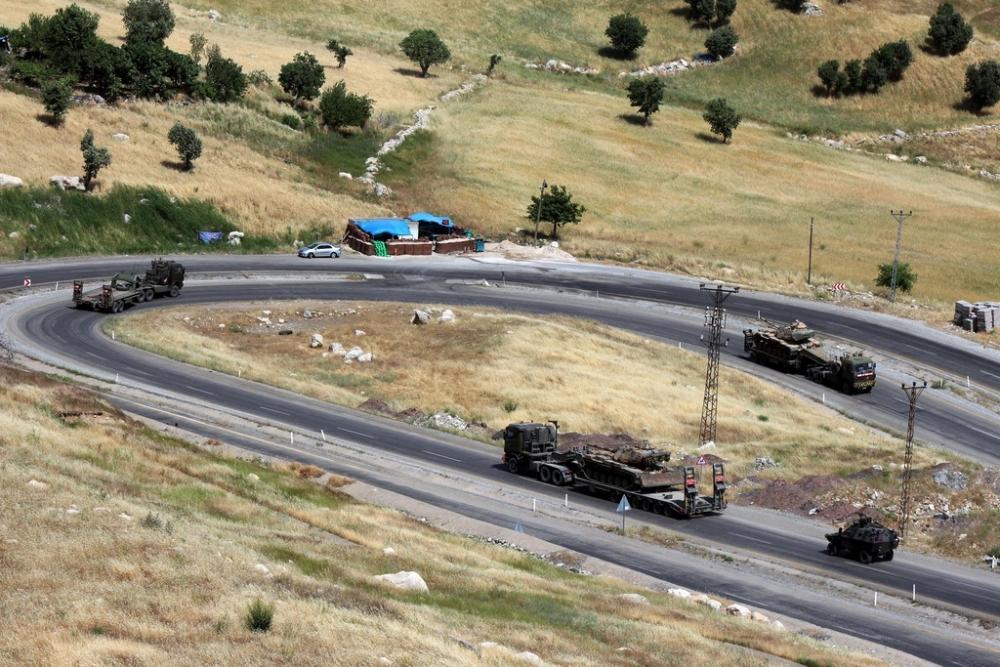 Tanklar üslerine geri dönüyor galerisi resim 21