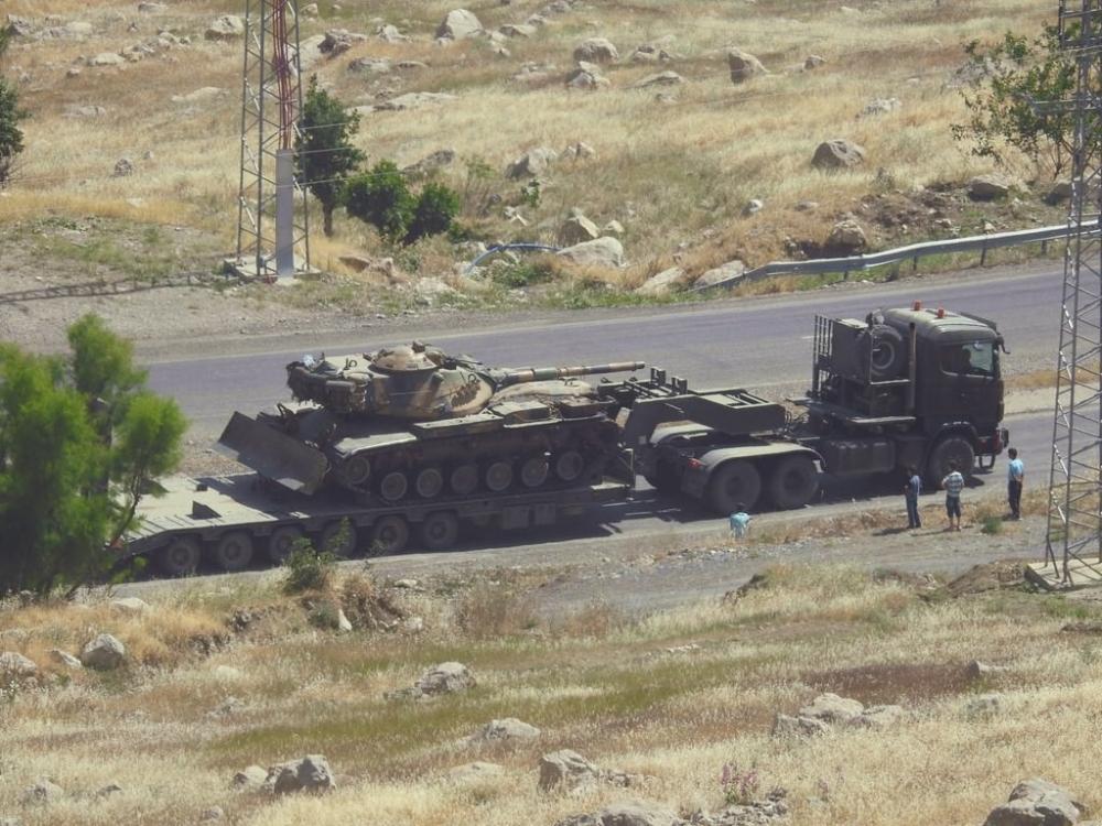 Tanklar üslerine geri dönüyor galerisi resim 9