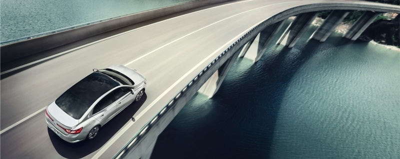 İşte yeni Megane Sedan galerisi resim 9