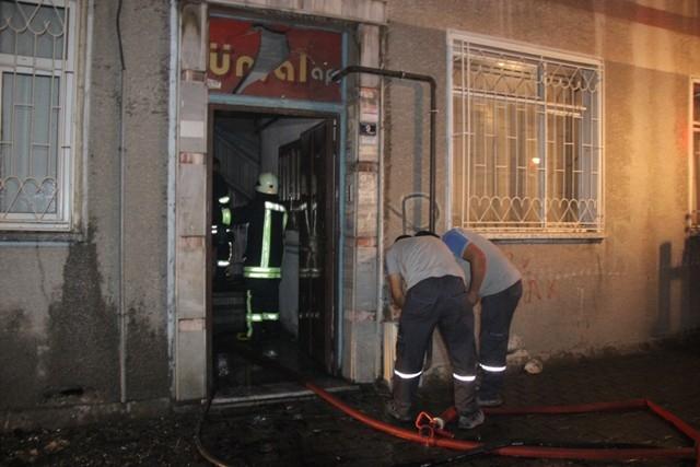 Konya'da yangında can pazarı galerisi resim 2