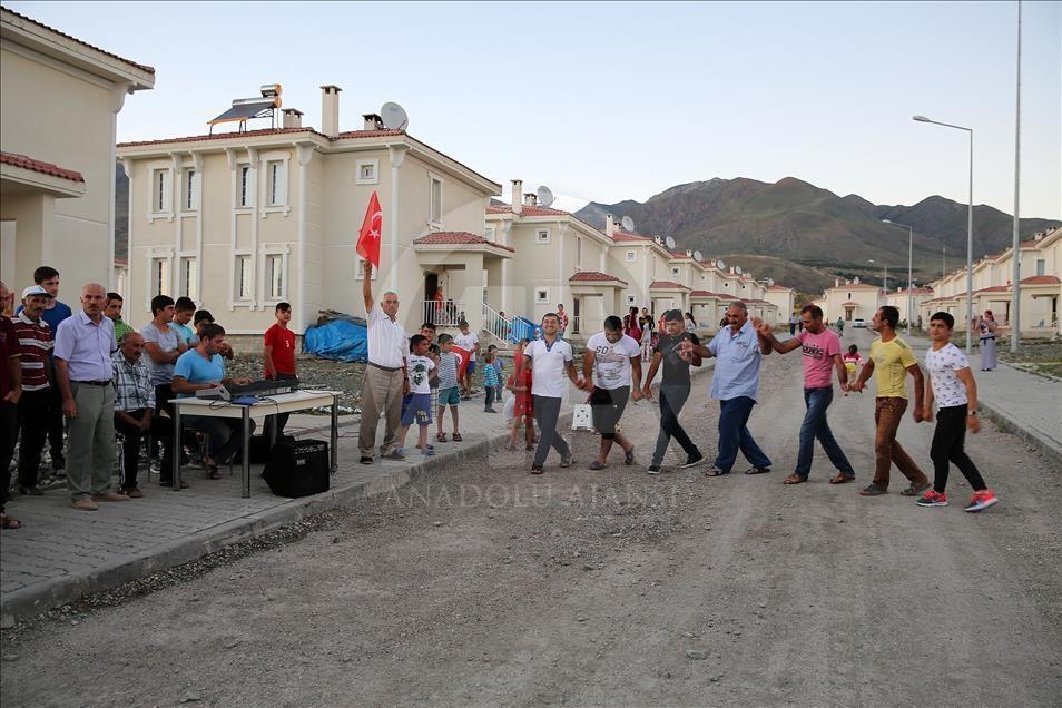 """Ahıska Türklerinde """"vatandaşlık müjdesi"""" sevinci galerisi resim 3"""
