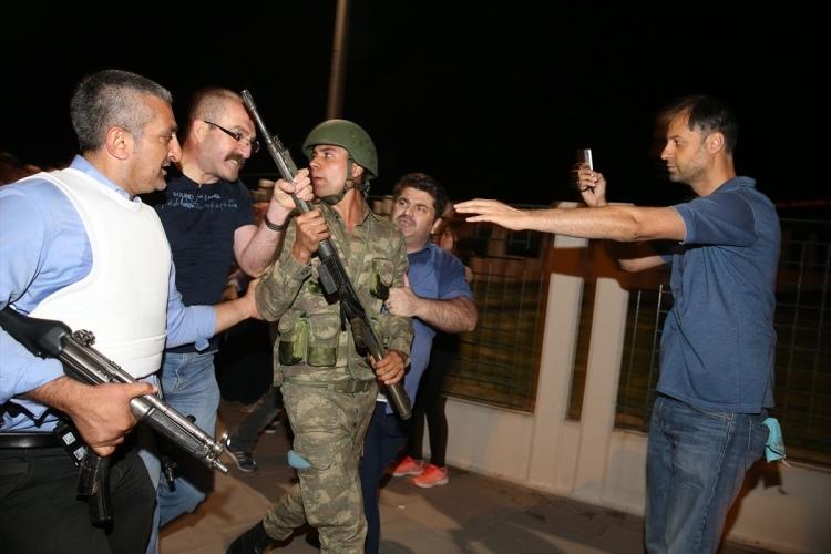 İşte tutuklanan komutanlar galerisi resim 40