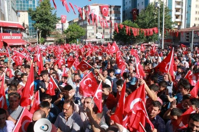 Konya'da darbe girşimine tepkiler galerisi resim 26