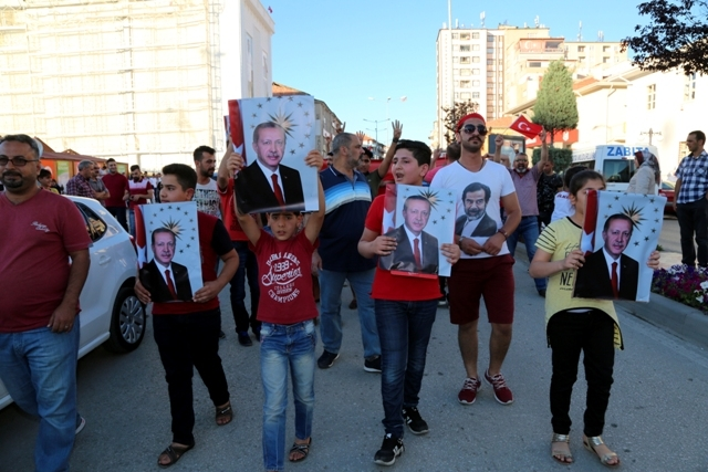 Konya'da darbe girşimine tepkiler galerisi resim 29