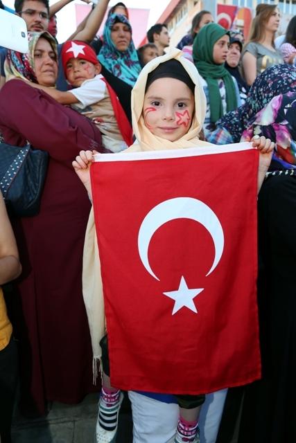 Konya'da darbe girşimine tepkiler galerisi resim 32