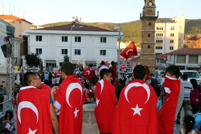 Konya'da darbe girşimine tepkiler galerisi resim 33