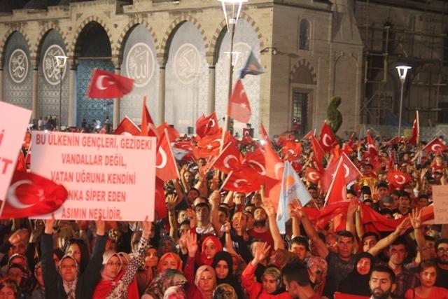 Konya'da darbe girşimine tepkiler galerisi resim 54