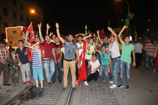 Konya'da demokrasi nöbeti galerisi resim 21