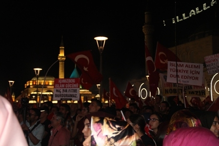 Konya'da Darbe Karşıtı Pankartlar galerisi resim 2