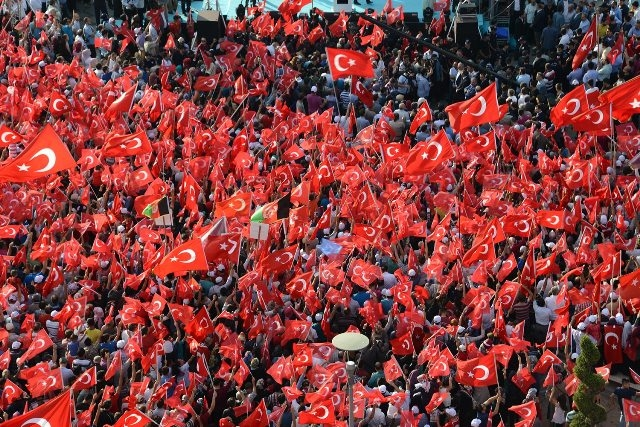 "Konya'da ""Demokrasi ve Şehitler Mitingi"" galerisi resim 10"