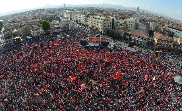 "Konya'da ""Demokrasi ve Şehitler Mitingi"" galerisi resim 11"