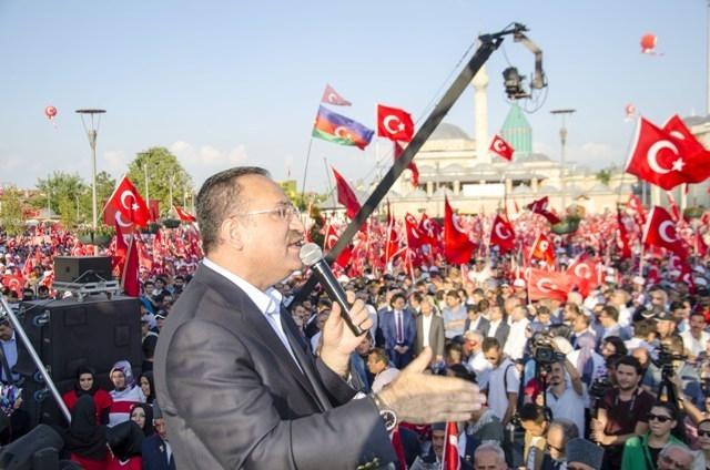 "Konya'da ""Demokrasi ve Şehitler Mitingi"" galerisi resim 16"