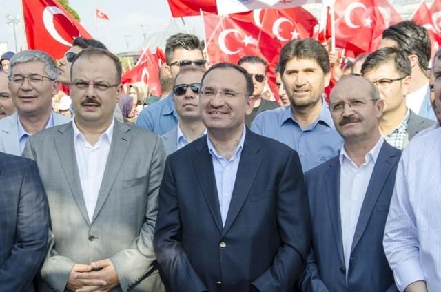 "Konya'da ""Demokrasi ve Şehitler Mitingi"" galerisi resim 19"