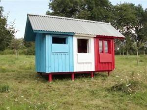 3 saatte ev inşa ettiler!